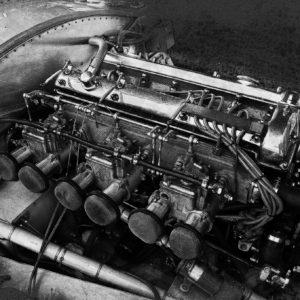 UNE USINE A GAZ (Jaguar type C)